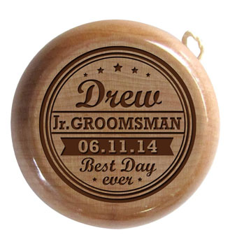Wooden-Yo-Yo-Wedding-Keepsake